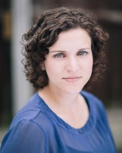 Ashleigh Loeb Headshot